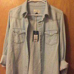 Tops - Button up shirt